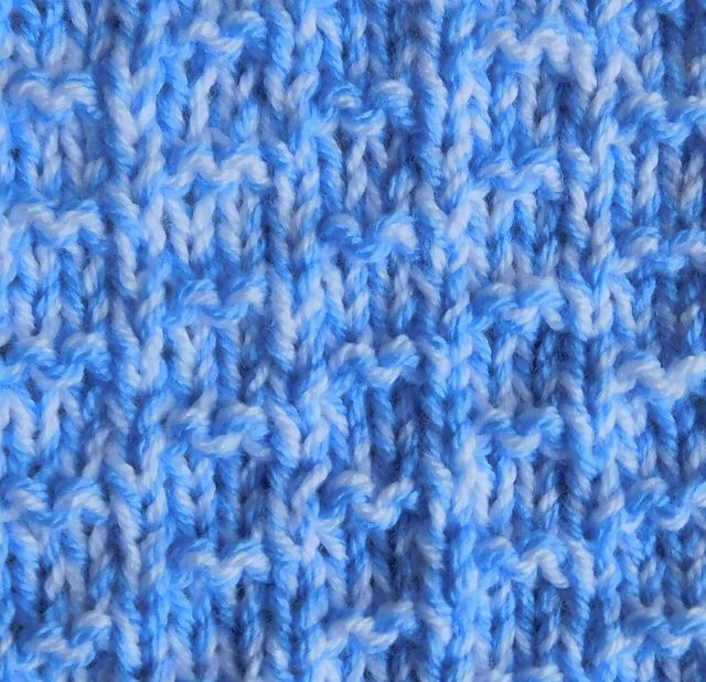 Ravelry: Chunky Weight Nevis Baby Blanket pattern by ...