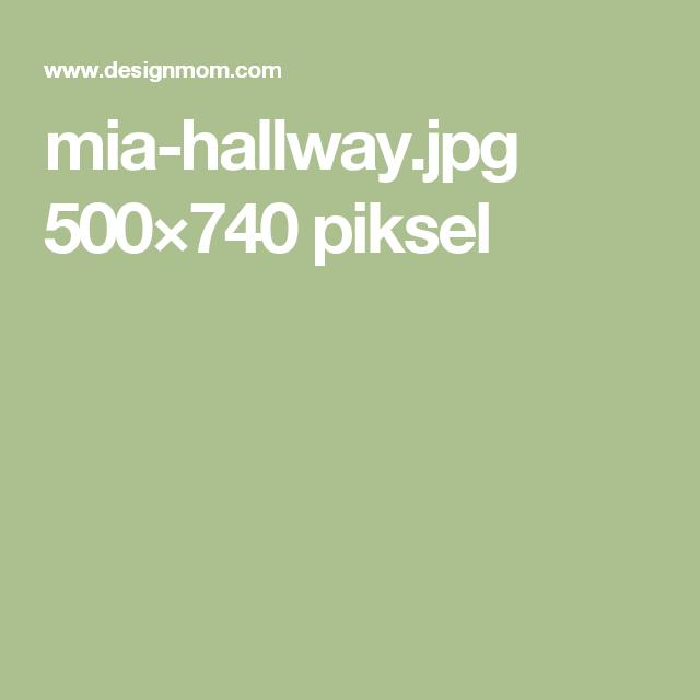 mia-hallway.jpg 500×740 piksel
