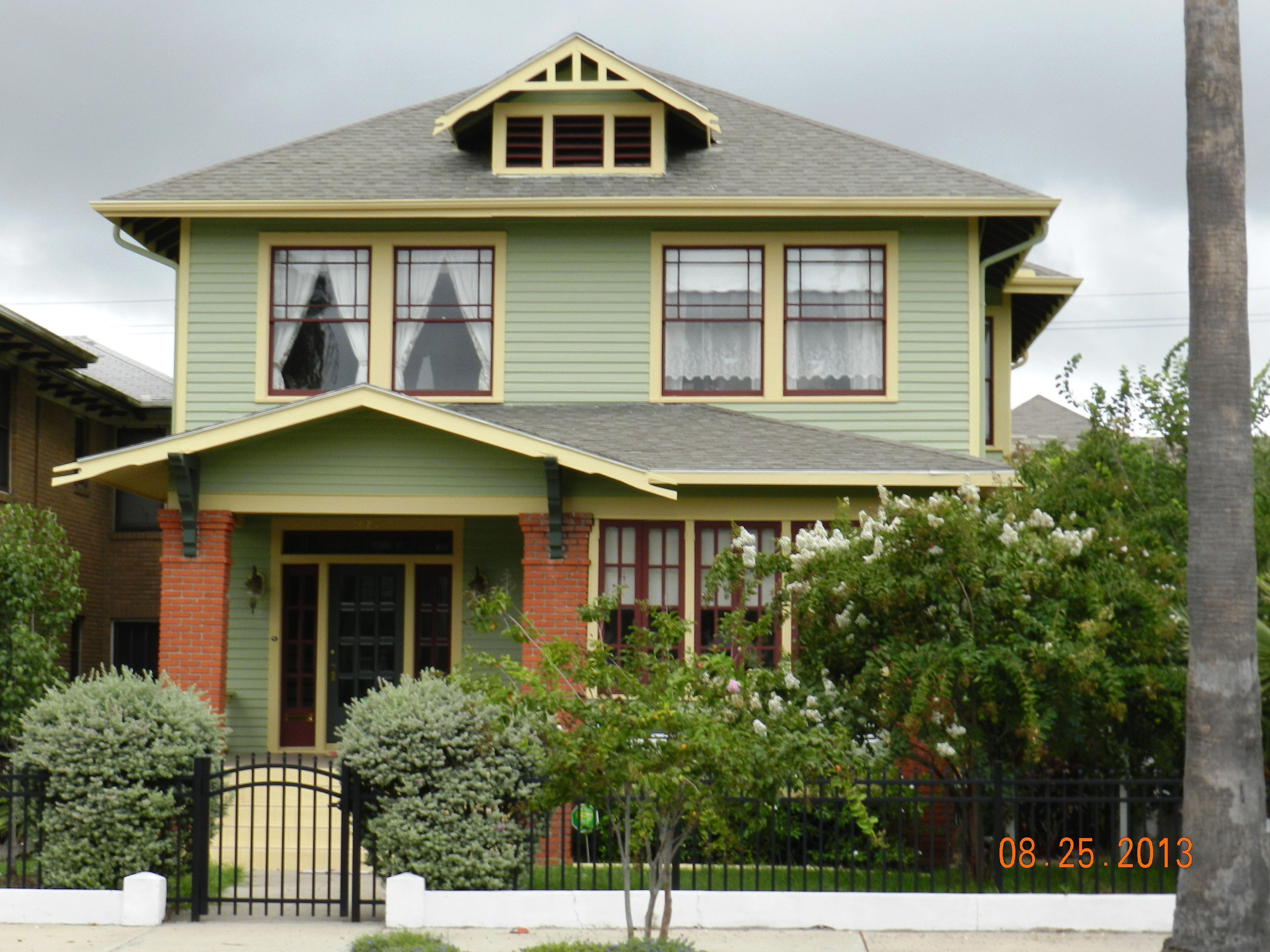 Bowers Foursqure Galveston Texas Historic House Colors Exterior Paint Colors For House Bungalow Exterior Craftsman Bungalow Exterior