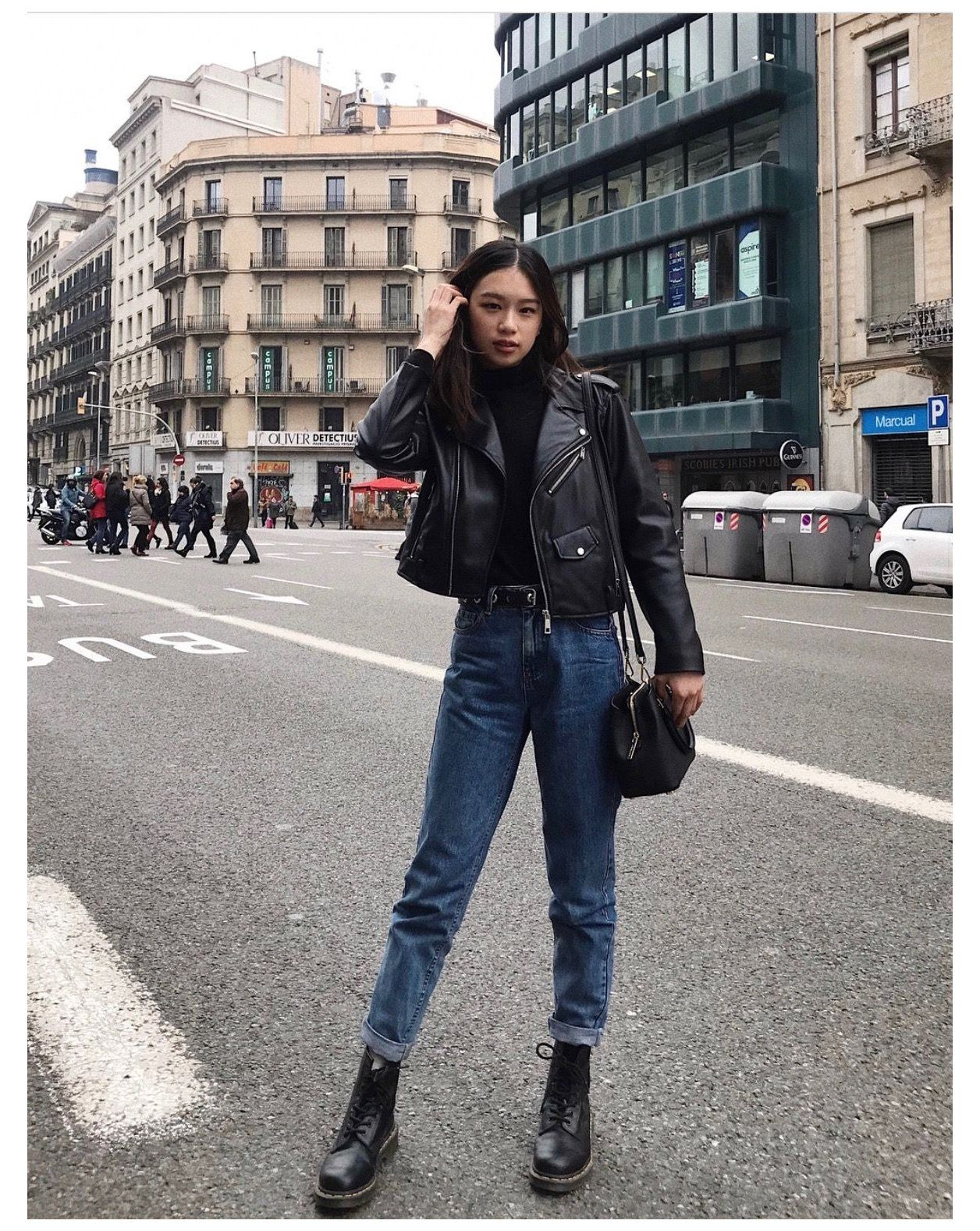 Dark Wash Mom Jeans Outfit Black Turtleneck Top Black Leather Jacket Rolled Dark Wash Mom J Trendy Outfits Inspiration Classy Trendy Outfits Fashion [ 1577 x 1256 Pixel ]