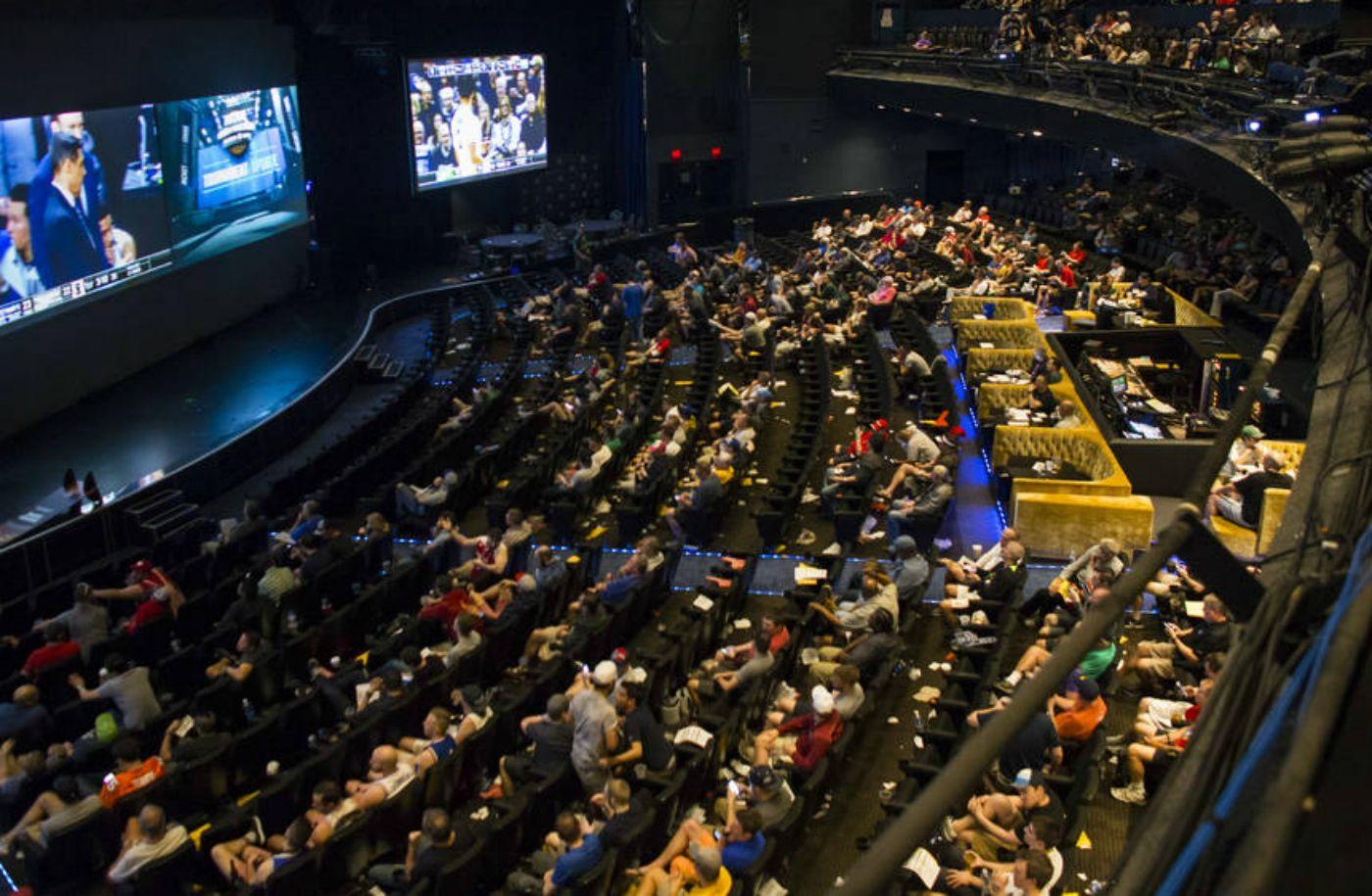 Nevada Casinos Top 1 Billion in March, Sportsbooks Set