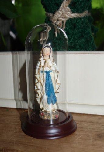maria in glazen stolp...zo schattig