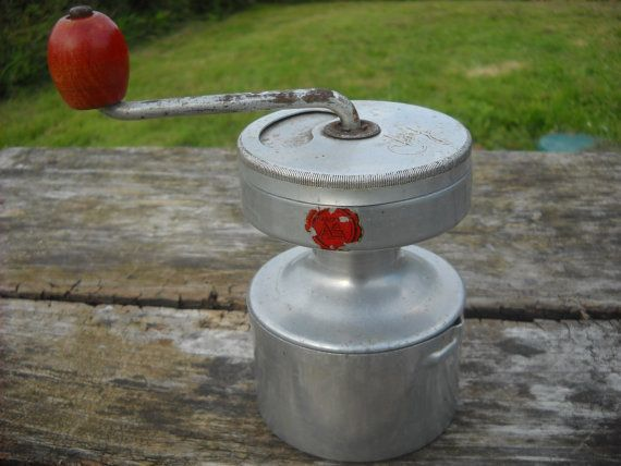 Vintage French Pepper or Coffee Grinder by NormandyCollectables, €48.00