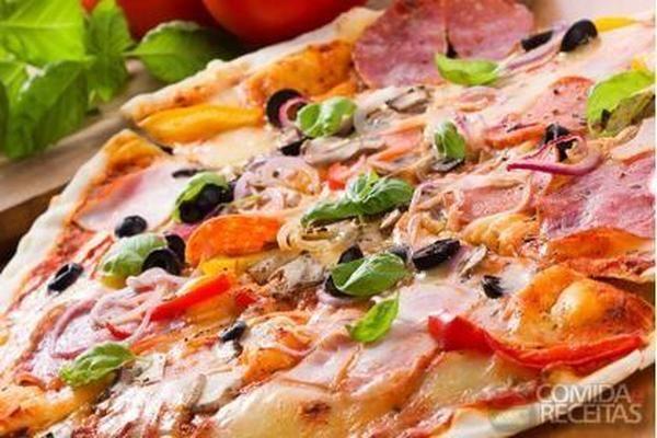 Receita de Pizza toscana em Salgados, veja essa e outras receitas aqui!