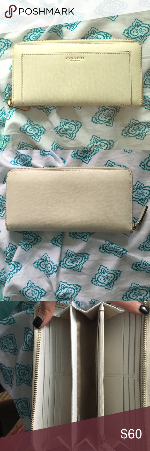 White Leather Coach Wallet Great condition! Coach Bags Wallets