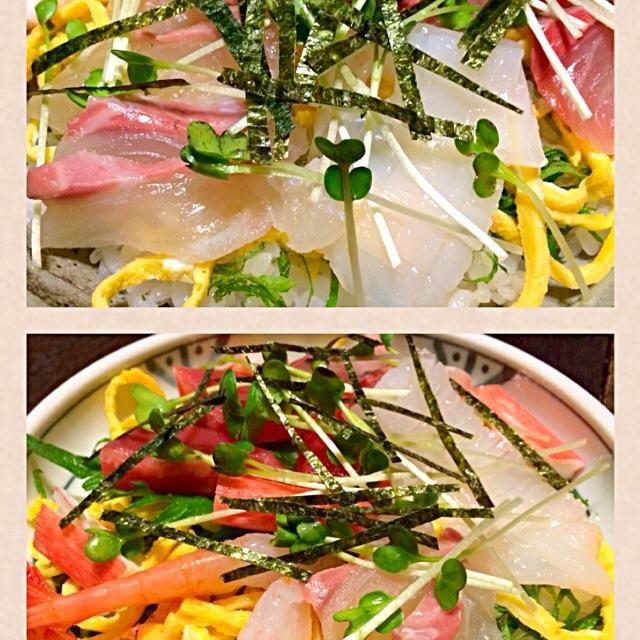急に食べたくて、仕事から帰り即席で作りました。 まずまずの出来上がりでした。 - 126件のもぐもぐ - 即席   チラシ寿司 by mottomotto