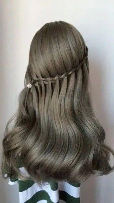 30 Pretty Prom Hairstyle Ideas For Curly Long Hair In 2020 Hair Braid Videos Long Hair Styles Hair Videos