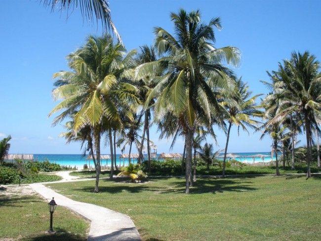 Prevedieme vás čarovnými plážami Kuby.