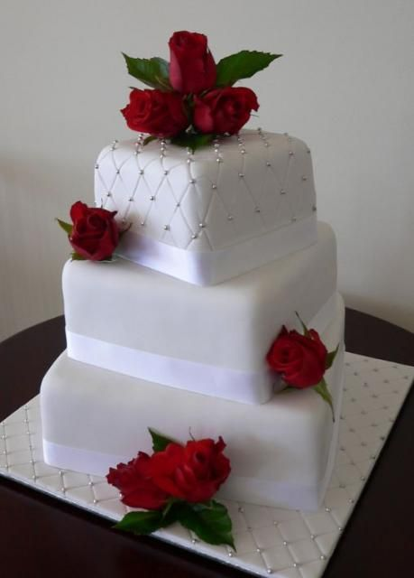 3 Tier white wedding cake with fresh red roses JPG   Wedding Cakes     3 Tier white wedding cake with fresh red roses JPG