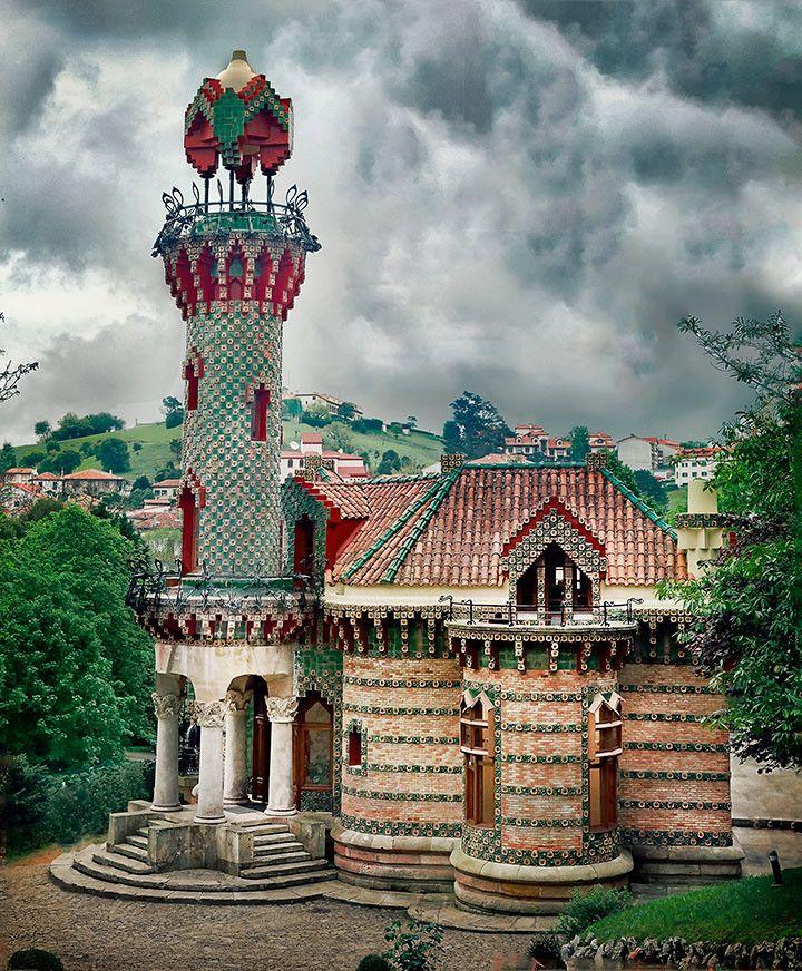 El Capricho, Antonio Gaudi. 1883. Cantabria, Spain ...