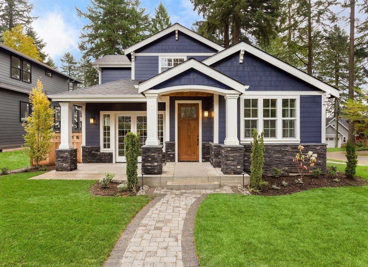 The Do S And Don Ts Of Choosing A New House Color House Paint Exterior Dream House Exterior Traditional Home Exteriors