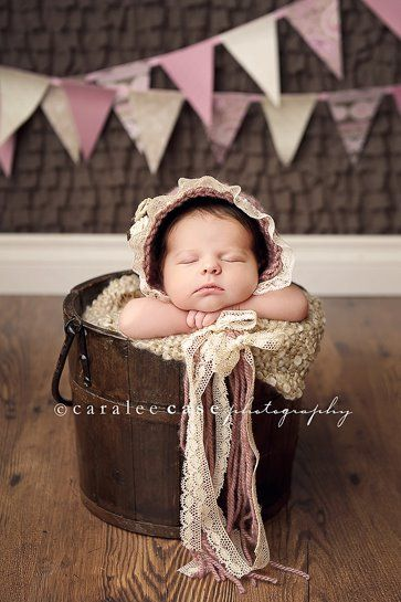 Baby Photo ~ bonnet, bucket and banner