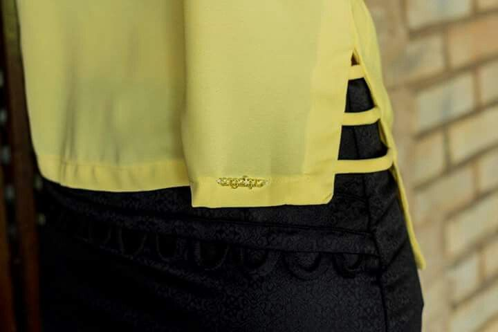 Detalhe lateral regata amarela