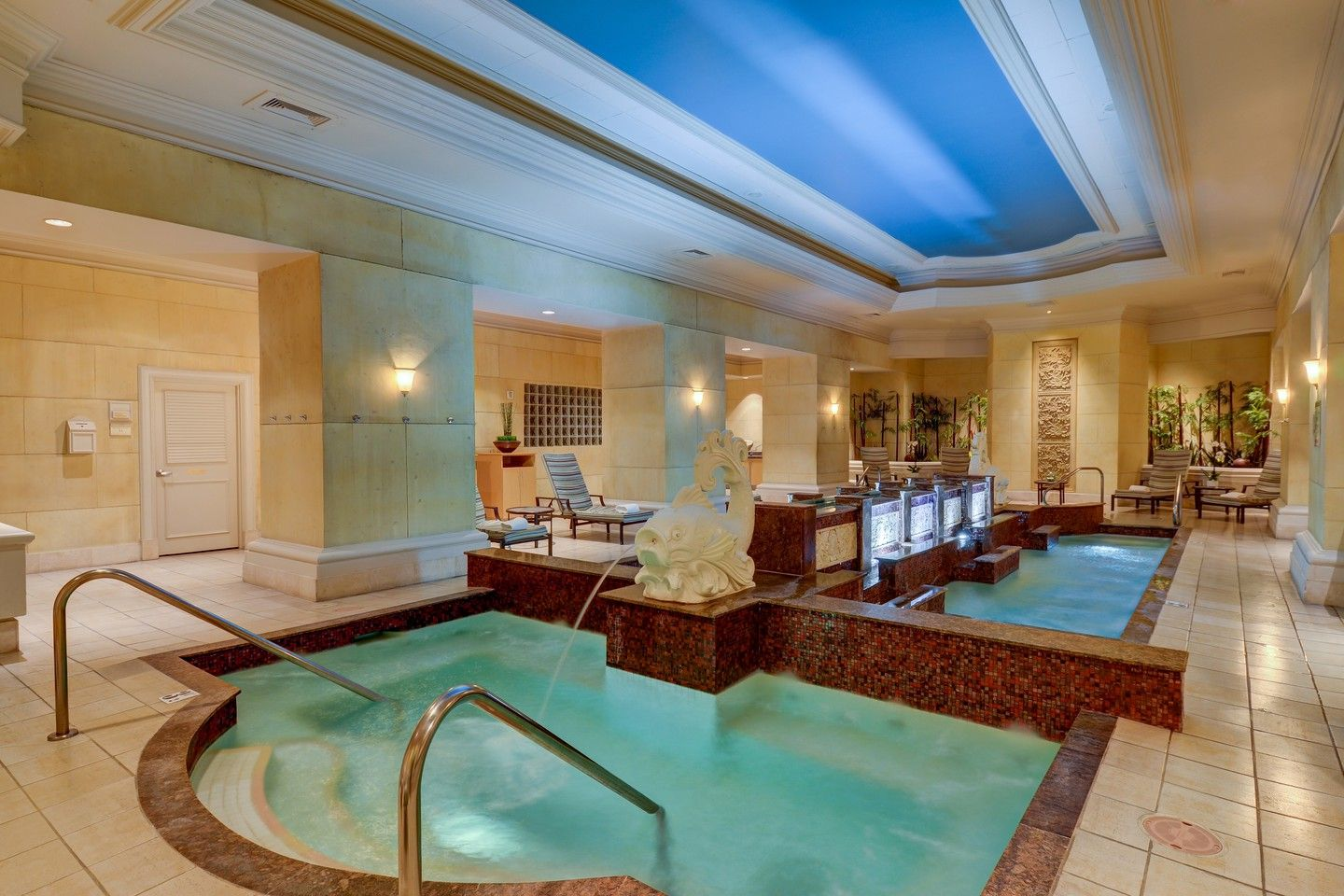 The 10 Best Spas In Las Vegas Nevada Spa Interior Mandalay Bay Resort Mandalay Bay