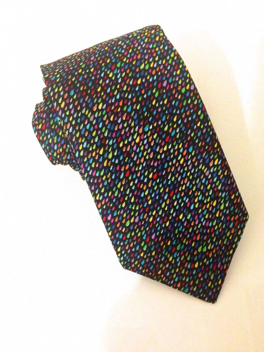 Rain Drops Multi Coloured Tie  #VanBuck #Tie #NeckTie #Ties #Rainbow #Novelty #Colourful #Accessories #MensAccessories #RaindropsTie #FabTies   http://www.fabties.com/ties/novelty-ties/rain-drops-multi-coloured-tie.html