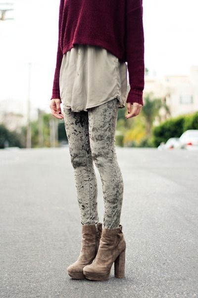 40d8c08ccbde Urban Outfitters Insight Crushed Velvet Leggings Grey Olive XS   S 2 ...