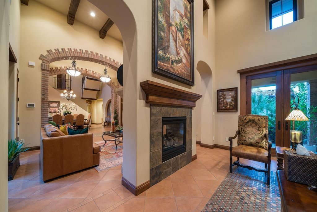10539 N Old Course Dr Fresno Ca 93730 Zillow House Interior Zillow Home