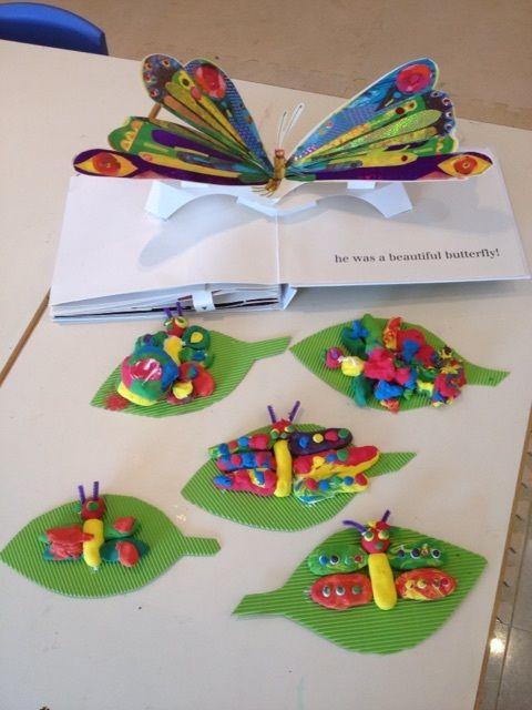 日本語de工作クラスは はらぺこあおむし とちょうちょさん Children S Discovery Place幼児教室 Make Play And Learn 子供向けクラフト 作品展 幼稚園 手作りおもちゃ