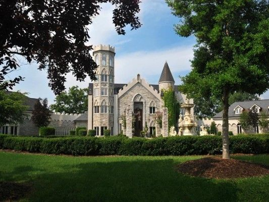 Crantzdorf Castle In Banner Elk Johnson City Tennessee Extravagant Homes Johnson City