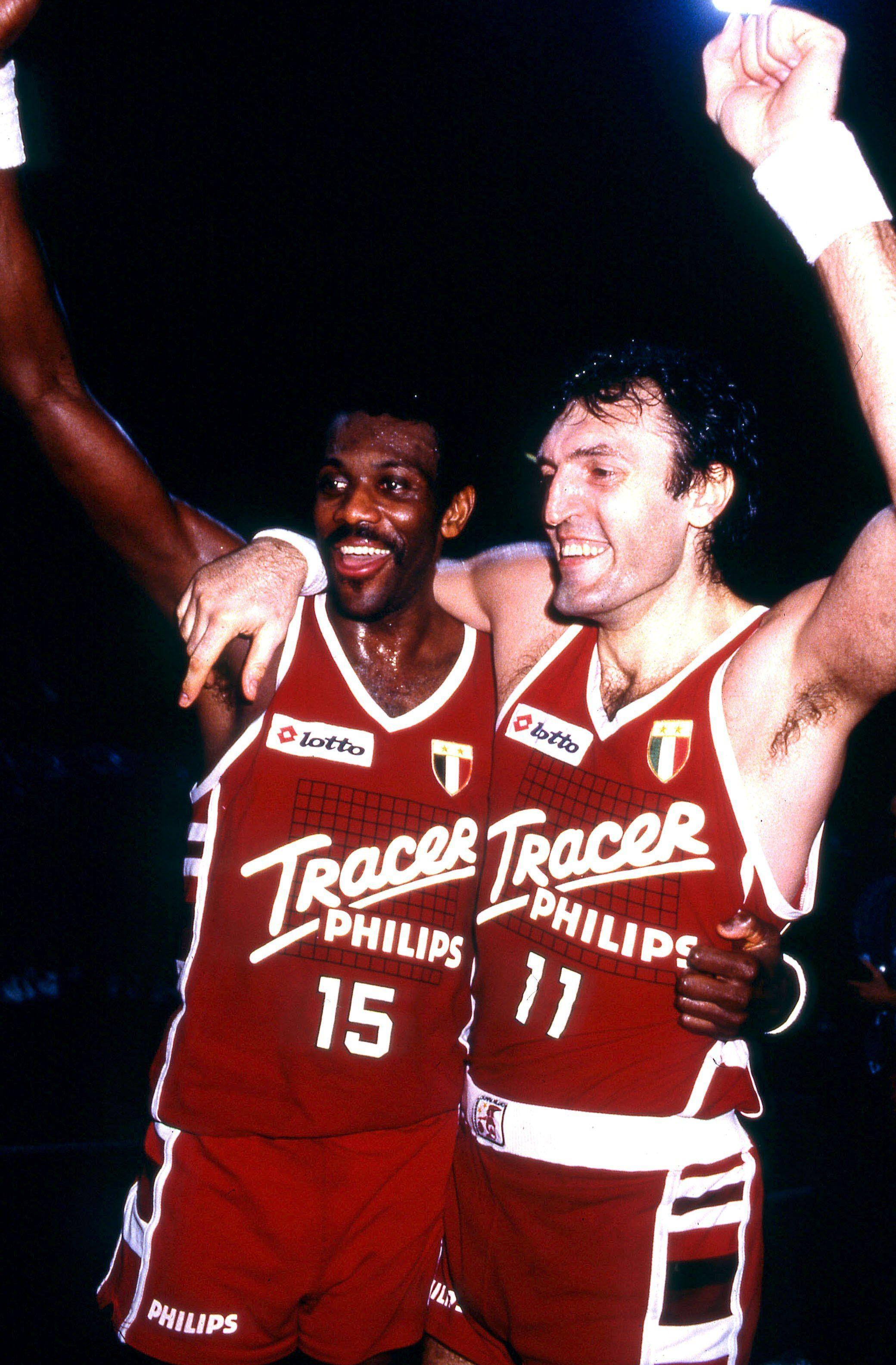 Dino Meneghin e Bob McAdoo Tracer Olimpia Milano basket sport