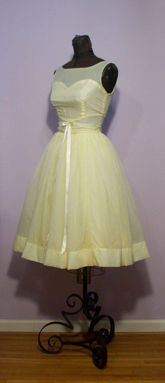 1950s full skirt lemon yellow bridesmaid dress brainstorming 1950s full skirt lemon yellow bridesmaid dress ombrellifo Images