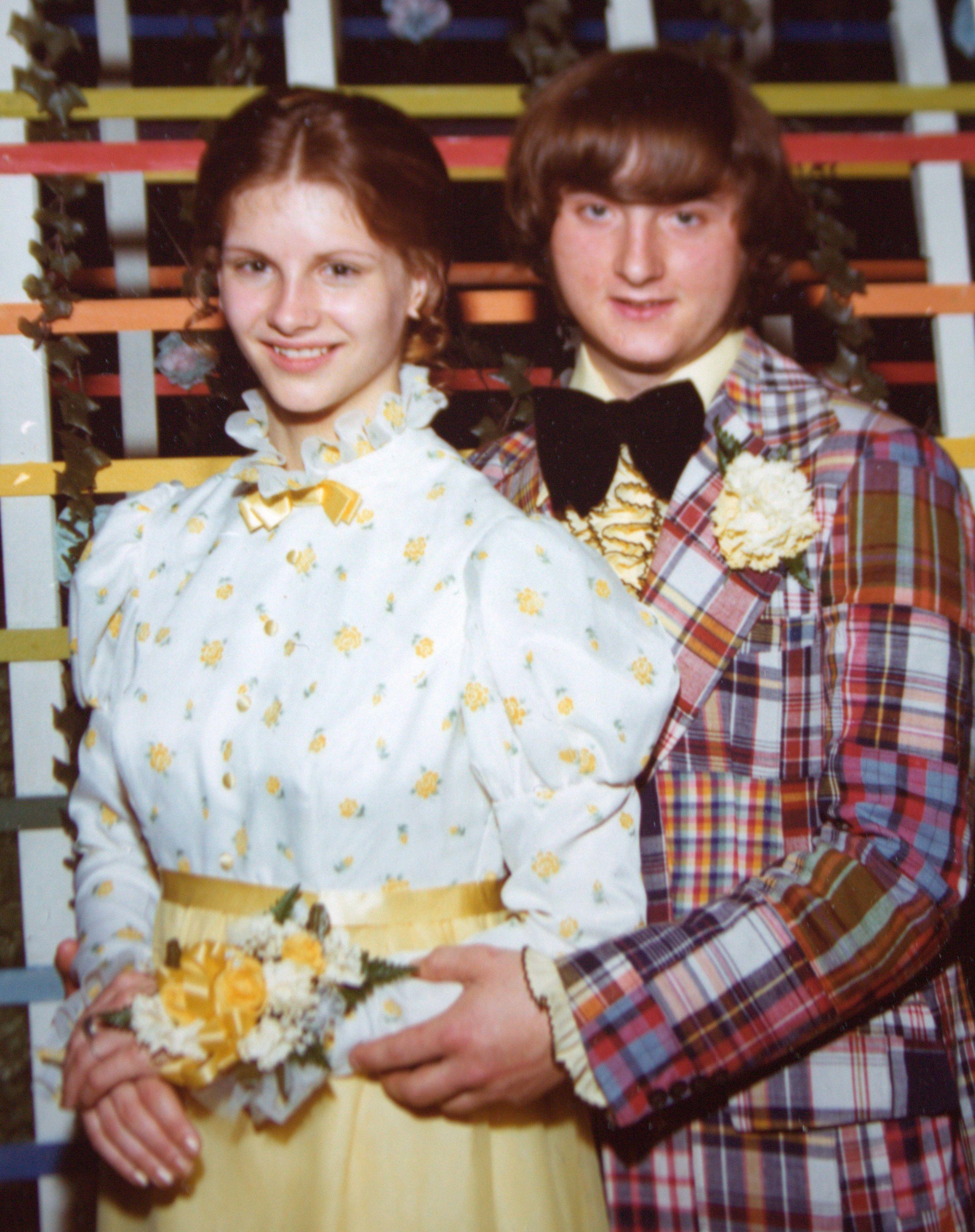 1970 S Prom Wisconsin Usa Prom Photos Vintage Prom Prom Night [ 3669 x 2903 Pixel ]