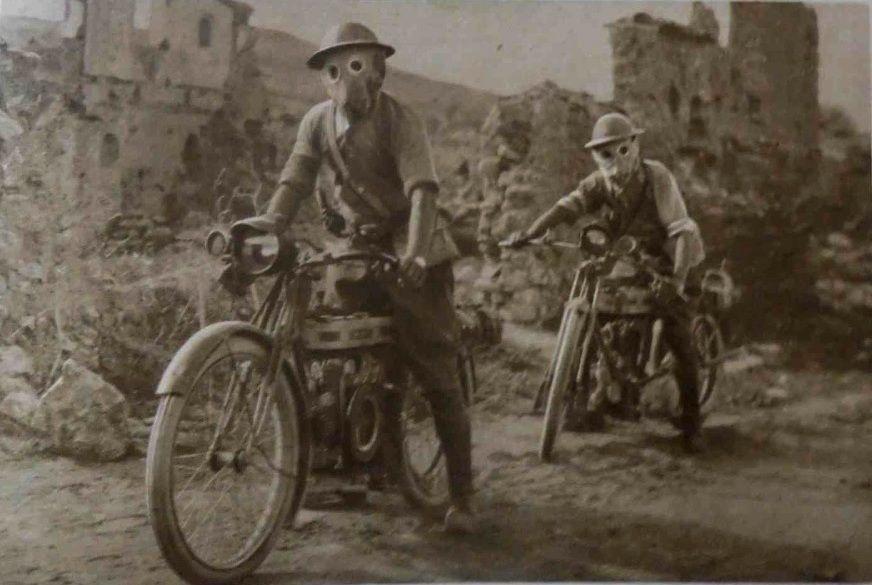 "waldopeircegoestowar: ""  WW1 Wild Ride.  Le Miroir - November 12, 1916 - Great grand-ma's vault. """
