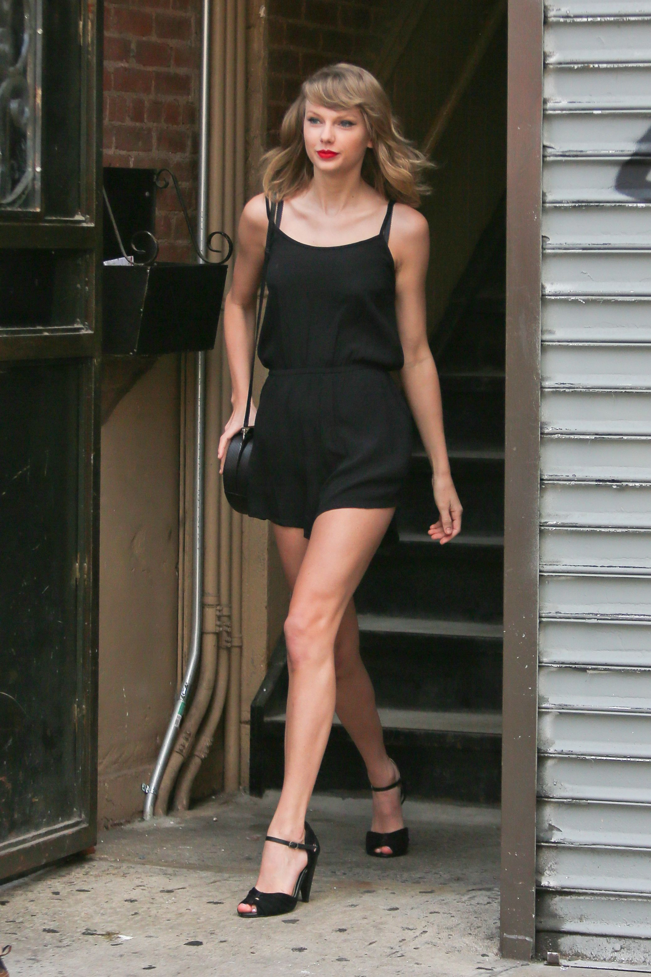 Pin by bellissimo on TAYLOR SWIFT | Taylor swift street ...