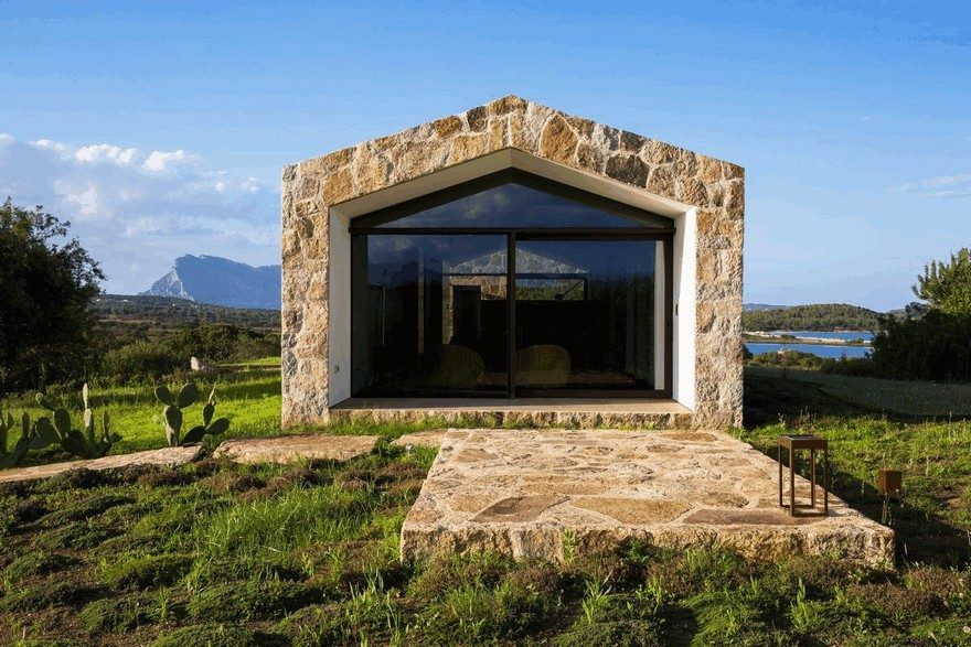 40 Pretty Stone House Design Ideas On A Budget Rustic Houses Exterior Mountain Home Exterior Rustic House