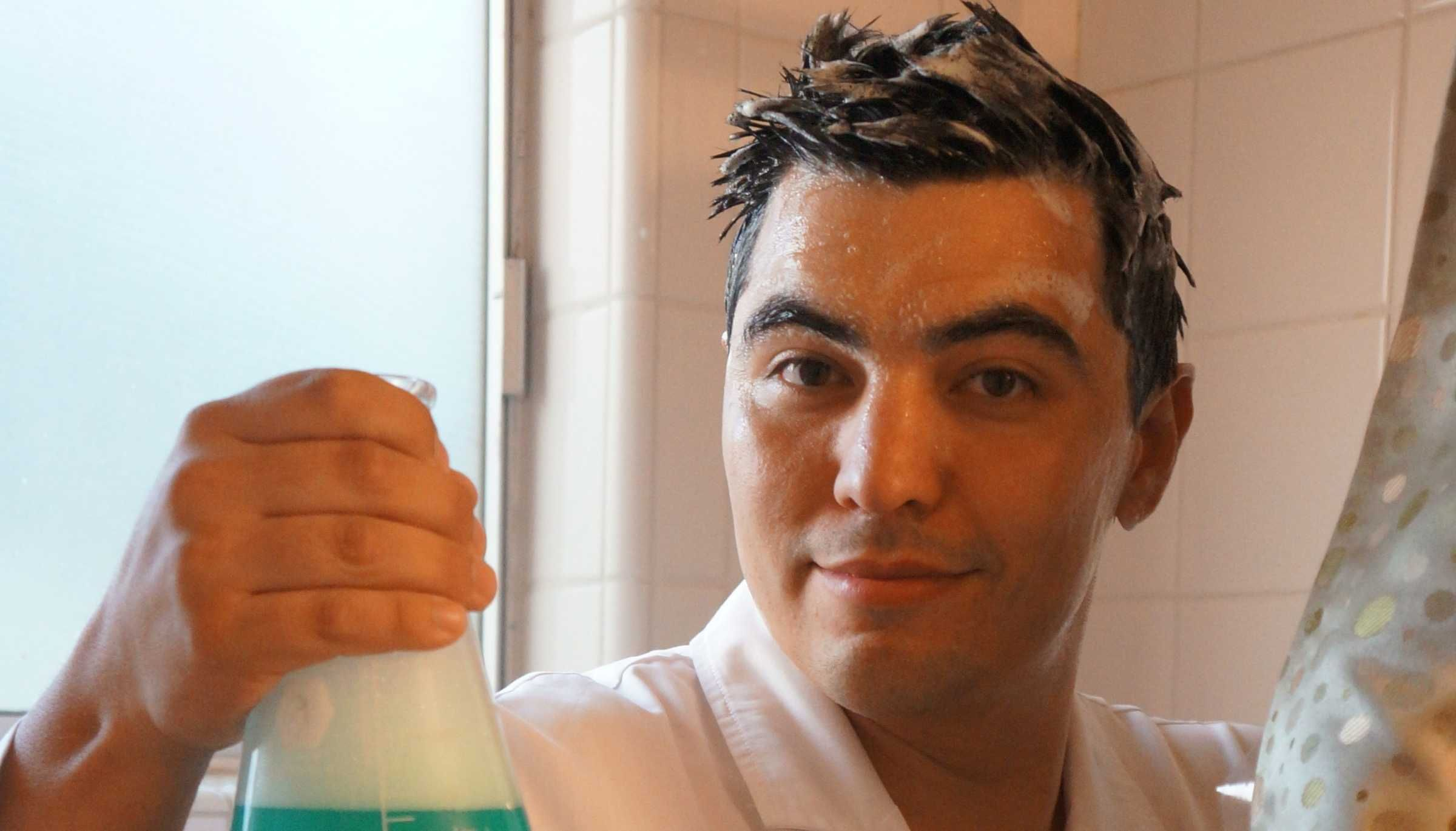 Do You Need To Worry About Sulfates In Your Shampoo?. Plus: Kevin gets in the shower!