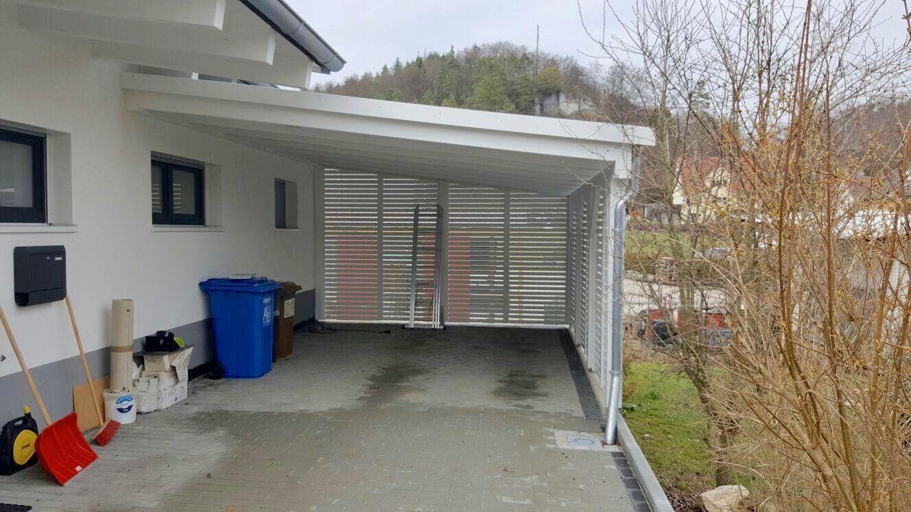 Pultdach Carport Aus Fichte Gestrichen In Weiss Rhombus Wandelemente Hinten Und Seitlich Carport Holz Pultdach Carport