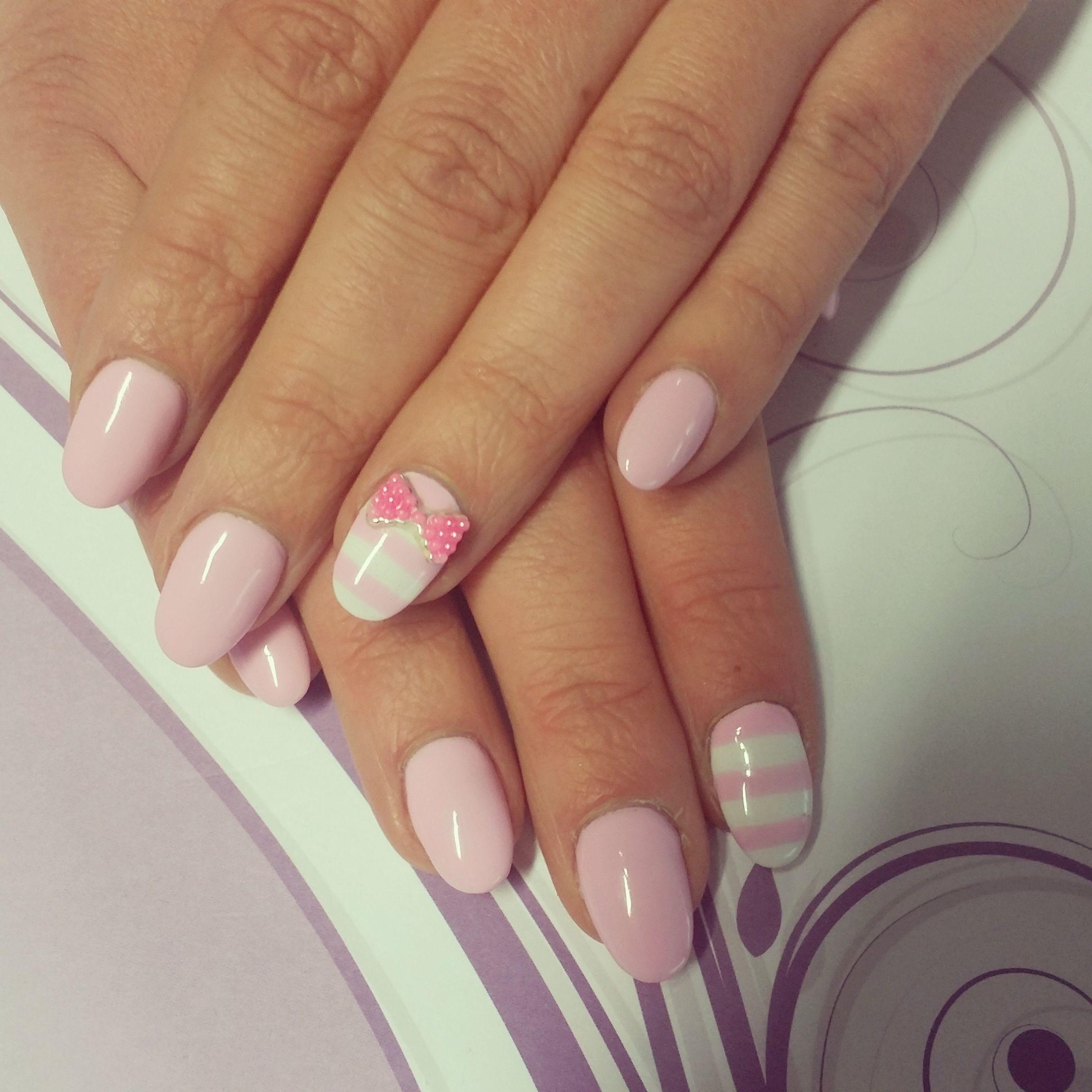 Verspielt und österlich! #GDN #gdn.de #naildesign #nails ...