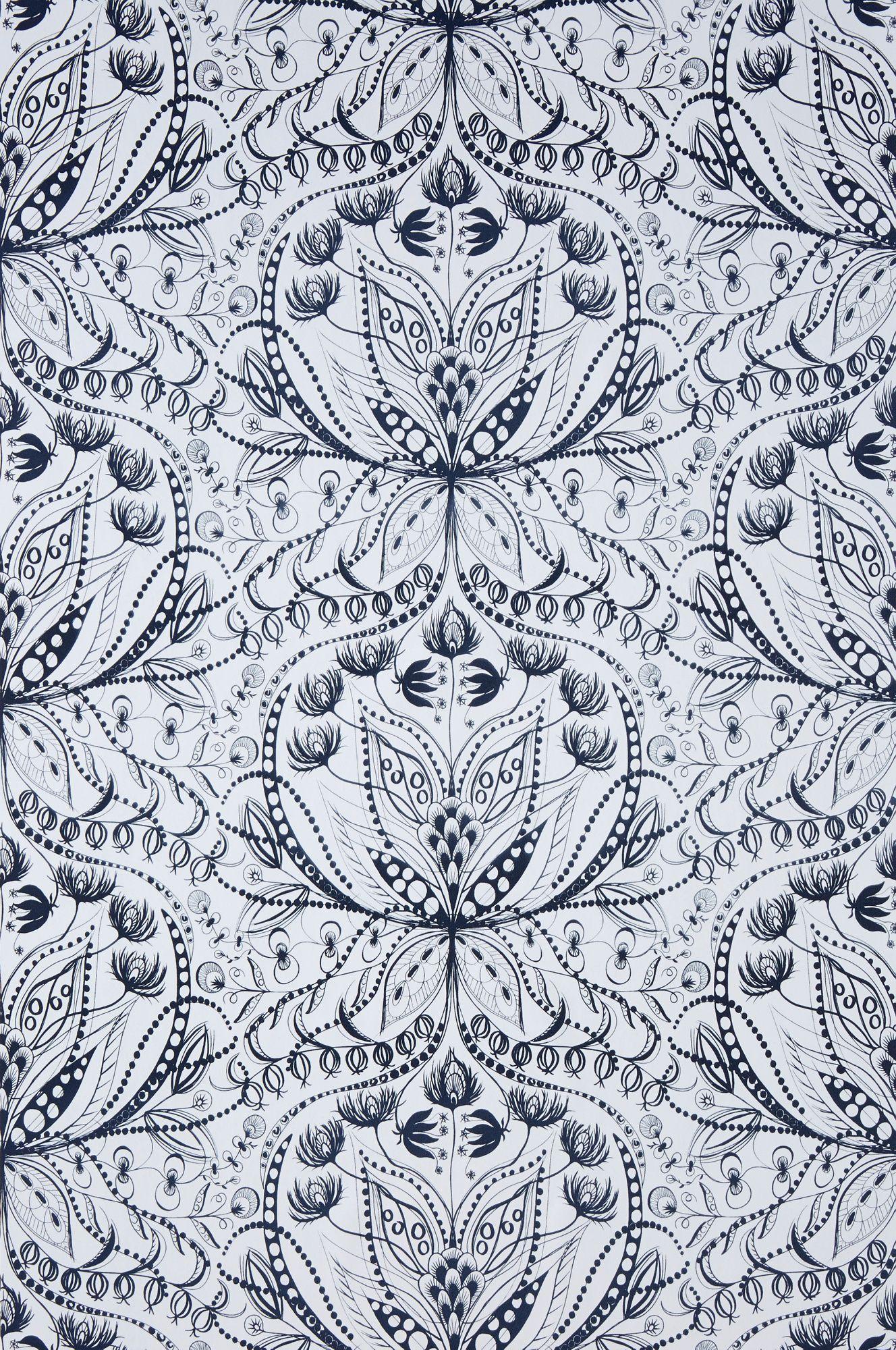 Wallpaper by ellos Anna-Lisa-tapetti väreissä Keskiharmaa, Tummansininen, Keltainen kategoria Koti - Kuviolliset - Ellos