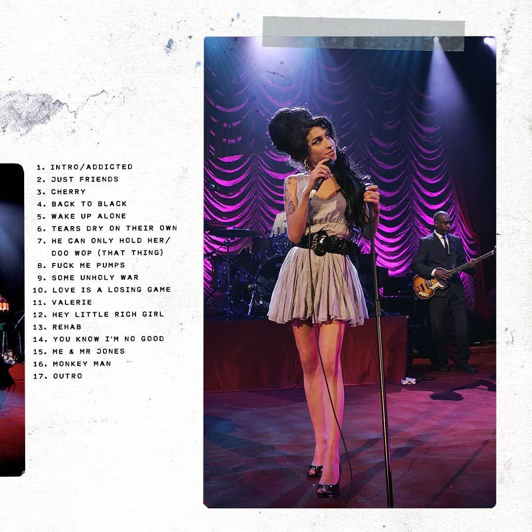 "7,115 curtidas, 51 comentários - Amy Winehouse (@amywinehouse) no Instagram: ""Amy performing at Shepherd's Bush Empire, in what became one of her most iconic on-stage outfits,…"""