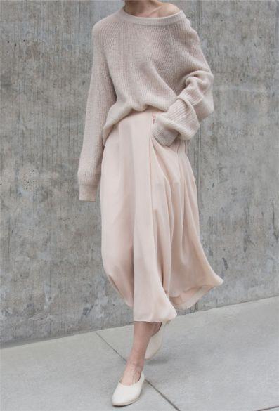 Minimalistisches Outfit mit neutralen – #minimalistisches #neutralen #outfit – #…