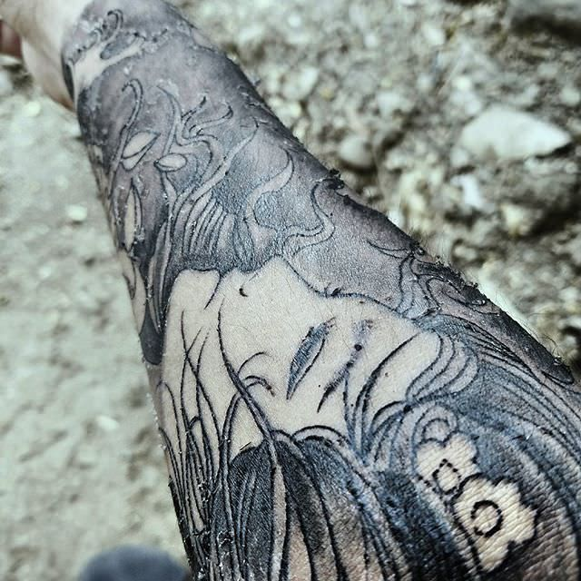 Tattoo Aftercare Pictured Is Peeling Tattoo Tattoos And