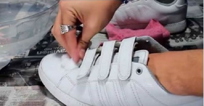 Como limpar tênis BRANCO SEM LAVAR! Adidas Superstar|Nike Air Force