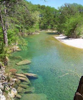 Texas Hill Country Vacation Riverfront Cabins For Rent In Concan
