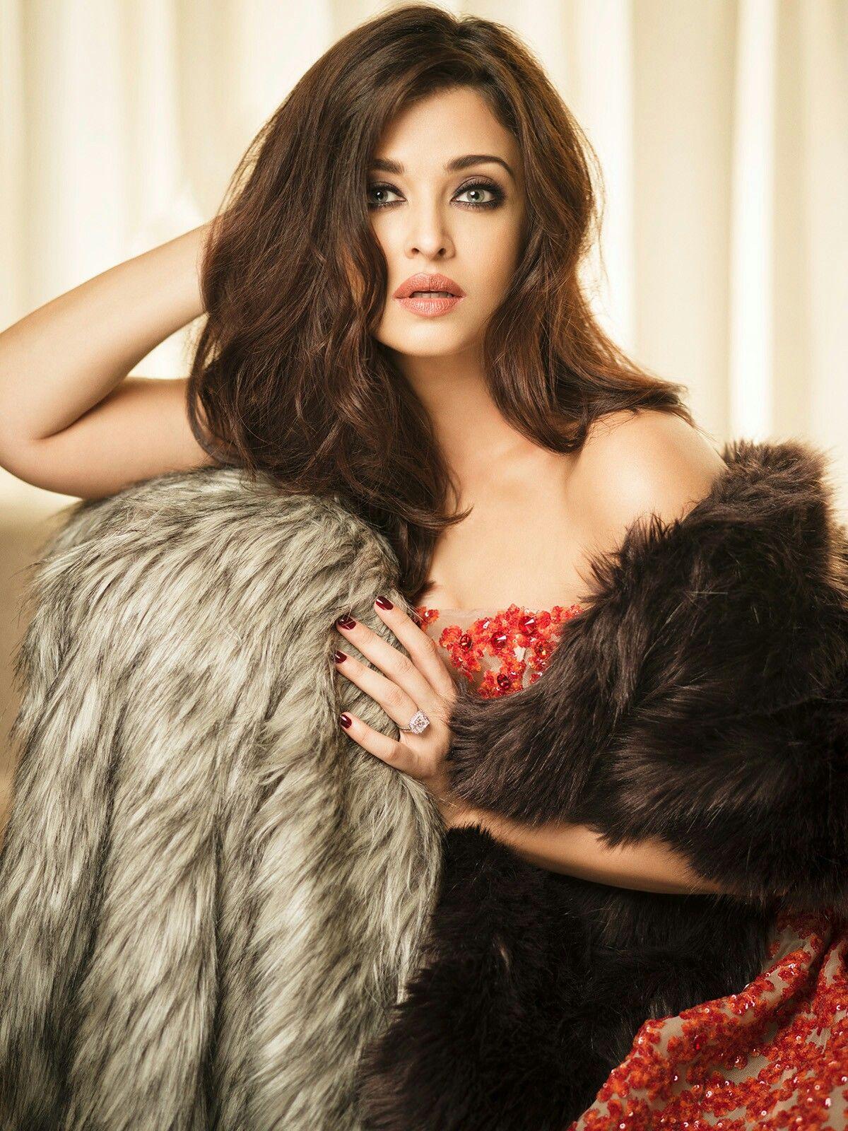 Aishwarya Rai Hot Photoshoot