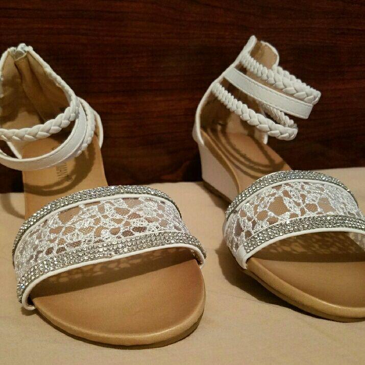 JM Diamant Shoes | White Bridal Sandals Shoes Sz 7 | Color