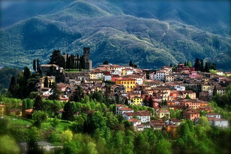 the town of Barga (Lucca-Italy) by Claudio Stefanini, via 500px ...