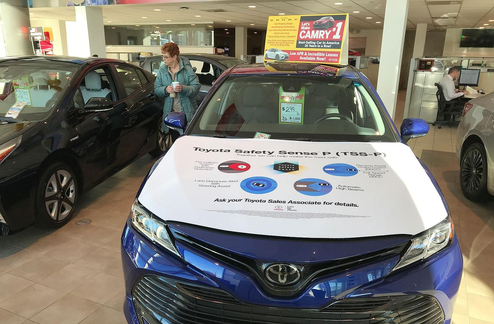 How Toyota Protected Camry S Crown Http Www Autonews Com Article 20180107 Retail01 180109850 Toyota Protected Ca Automotive Sales Toyota Automotive Solutions