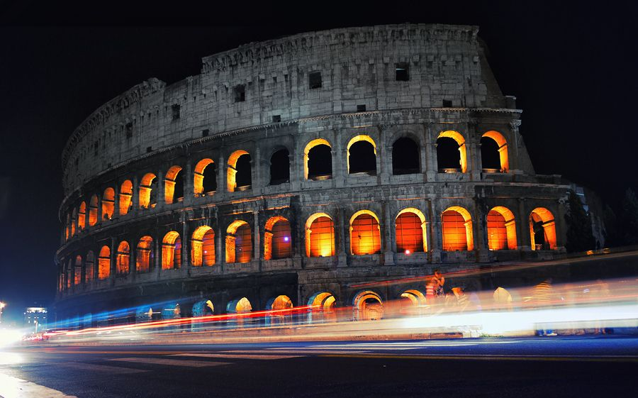 Colosseo by IsacGoulart.deviantart.com
