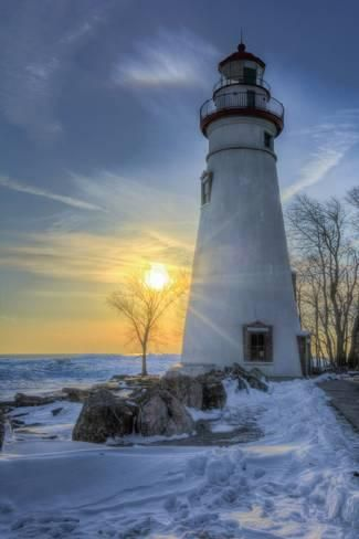 Photographic Print: Marblehead Lighthouse Sunrise by Michael Shake : 24x16in