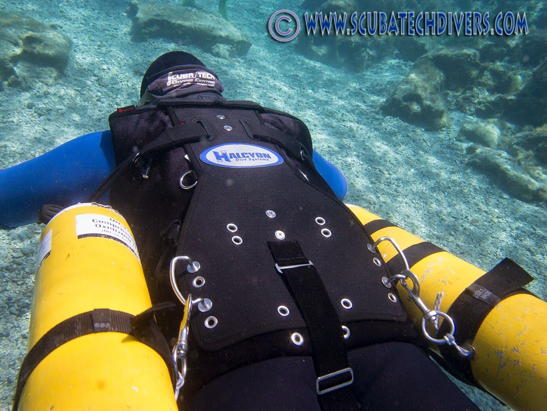 A review of the Halcyon Contour Sidemount Diving system. A ...