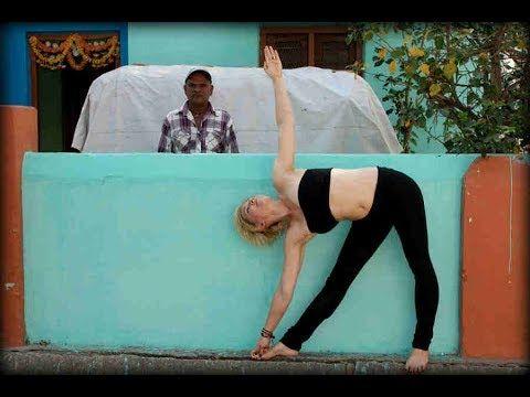 how to do the yoga triangle pose or trikonasana  exercise
