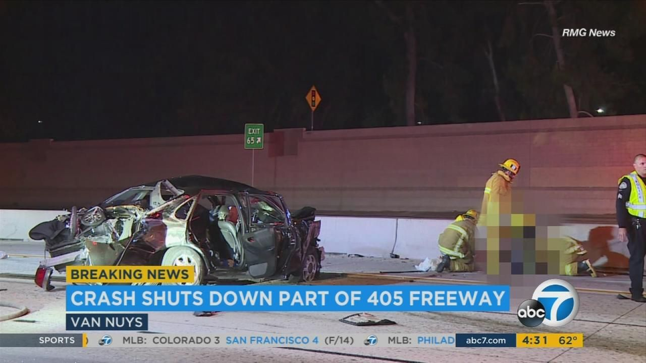 Several hurt in violent crash on 405 Fwy in Van Nuys