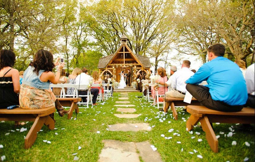 Stone Oak Ranch An East Texas Wedding Venue Madly In Love With This Place