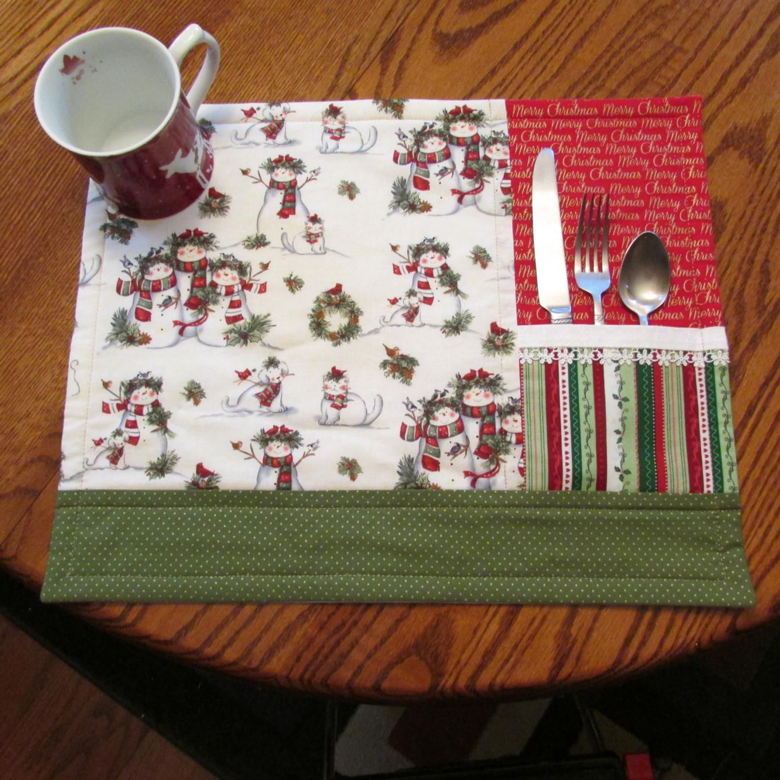 Beautiful Snowman Christmas Placemats Set Of 4 Christmas Placemats Quilted Christmas Gifts Sewing Christmas Gifts