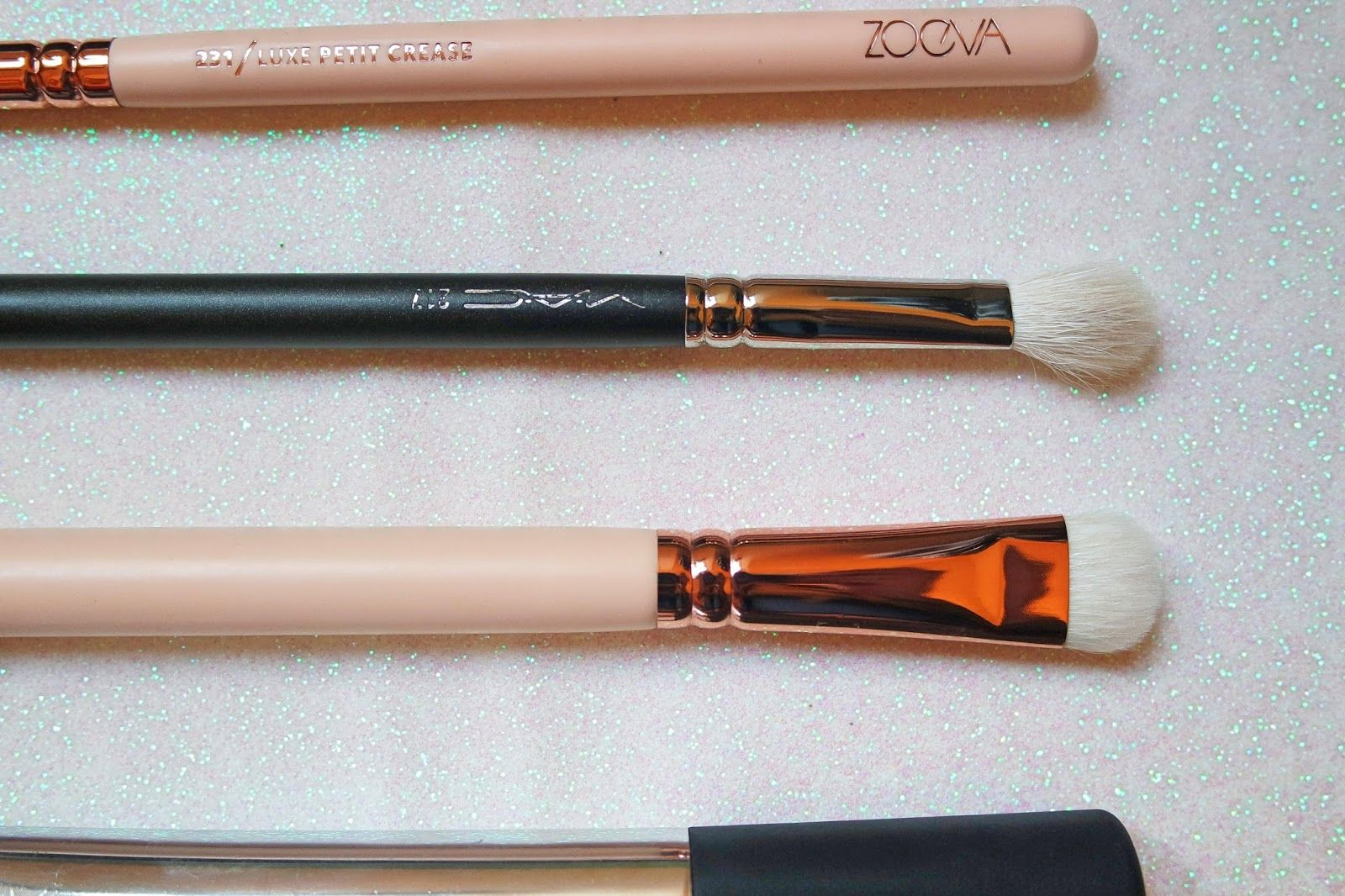 beauty + bullshit: ♥ My Five Favourite Makeup Brushes